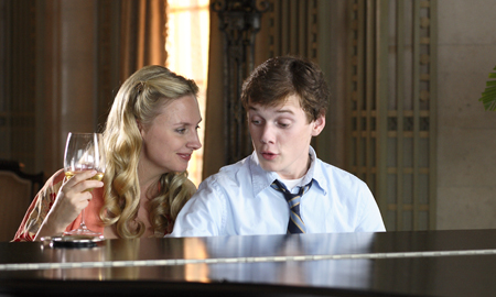 "Hope Davis is Anton Yelchin's MILF in ""Charlie Bartlett"""